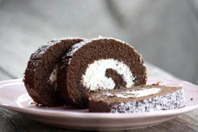 Kakaová roláda s tvarohovou náplňou - recept