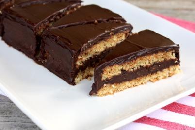 Mandľovo čokoládový zákusok - recept