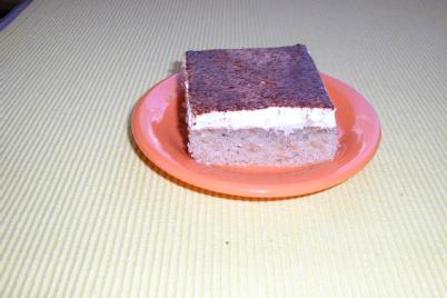 Jablkovo-šlahačkový koláč - recept