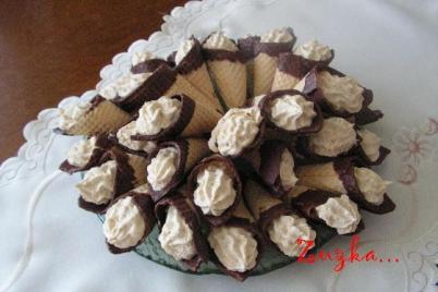 Kornútky s orieškovým krémom - recept