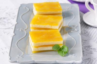 Pruhovaný želé dezert - recept