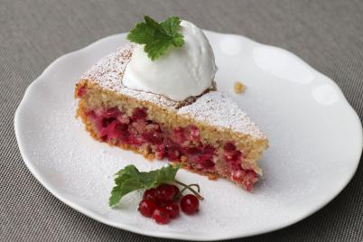 Rýchly ríbezľový hrnčekový koláčik - recept