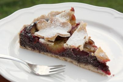 Slivkový koláč s makom - recept